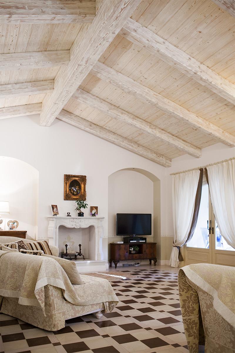 Tetto sbiancato 2 wooden buildings case in legno castelfidardo an marche italia - Legno sbiancato tetto ...